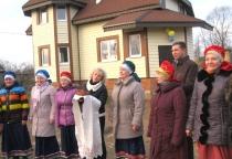 Многодетной семье в Поддорье помогли построить собственный дом