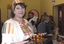 «Живой» и «мертвой» водой напоили гостей в солецкой деревне Горки
