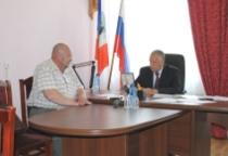Сергей Митин провел прием жителей Демянского района