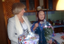 Труженице тыла Татьяне Барановой из Марева исполнилось 100 лет