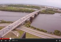 Байкеры на марше — колонна мотоциклистов почти 5 минут двигалась по Колмовскому мосту (видео)