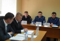 Руководство правоохранительных органов региона приехало к погорельцам в Малую Вишеру