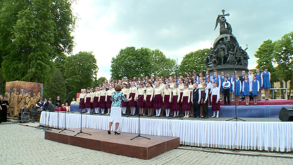 Дни славянской письменности и культуры в Великом Новгороде собрали на сцене 500 хористов