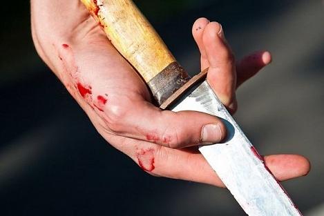 Новгородец напал на соседа с кухонным ножом и получил 4,5 лет колонии
