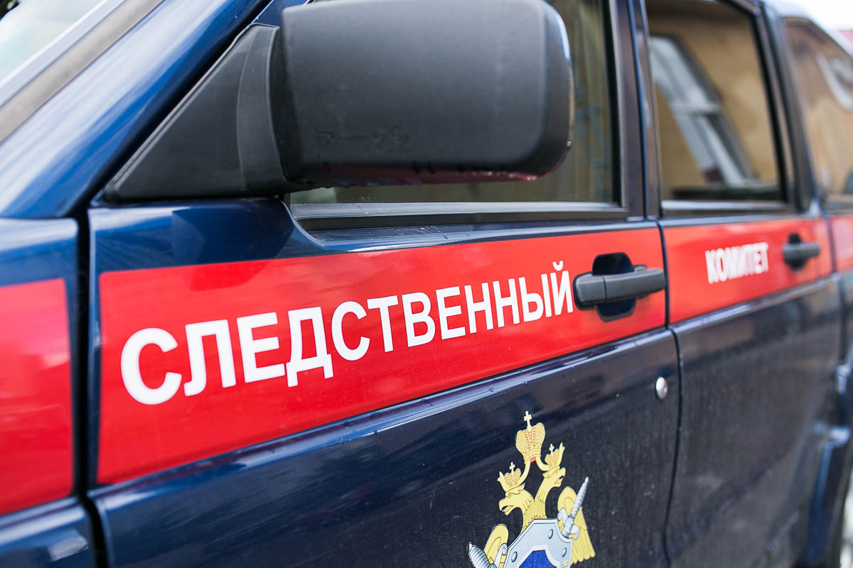 В Боровичах обнаружено тело пожилого мужчины с огнестрельной раной головы
