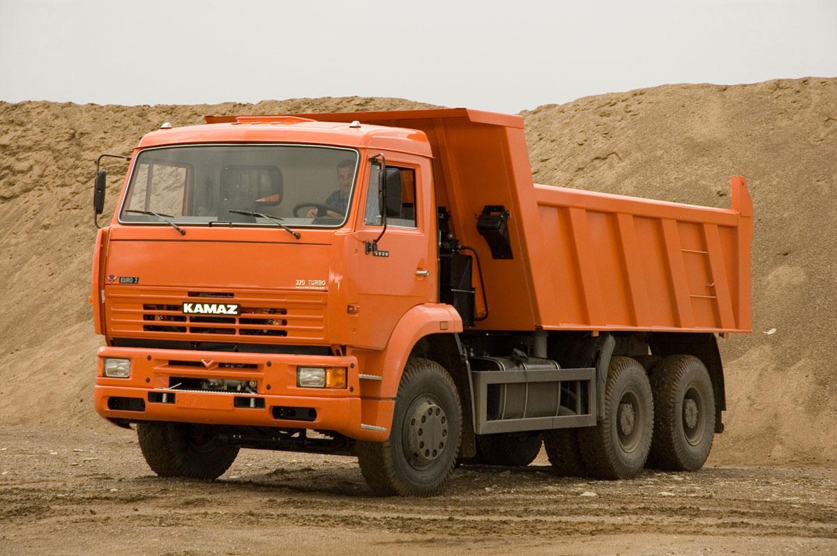 Граждане Узбекистана угнали три самосвала при строительстве М-11 в Новгородской области