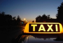 В Чудовском районе мужчина убил таксистку и скрылся на ее машине