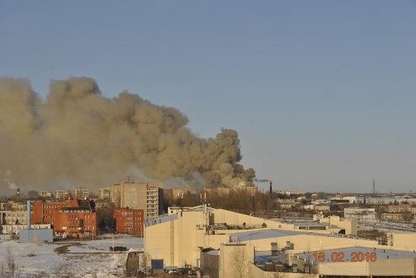 Пожар назаводе вВеликом Новгороде локализован наплощади 2 тыс «квадратов»