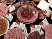 Фоторепортаж: в здании правительства прошла выставка новгородских пищевых брендов
