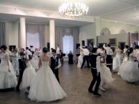Фоторепортаж: «Покровский бал» в новгородском Дворянском собрании
