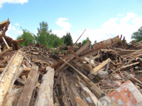 По требованию прокуратуры в Боровичском районе будет ликвидирована несанкционированная свалка