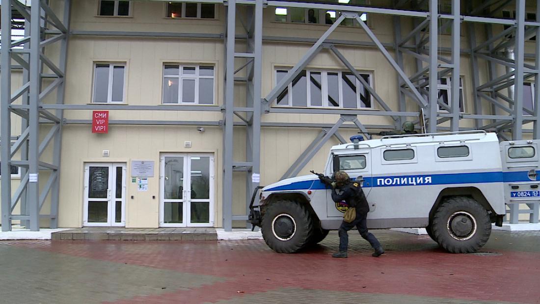 Настадионе «Электрон» спецслужбы провели антитеррористические учения