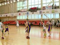 Первая игра открытого первенства Новгородской области по баскетболу завершилась со счётом 106:11
