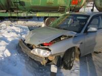 В Пестове водитель возмутился тем, что поезд не уступил ему дорогу