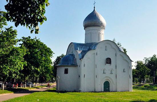 РПЦ передадут три новгородских храма XIV—XV вв.еков изсписка ЮНЕСКО