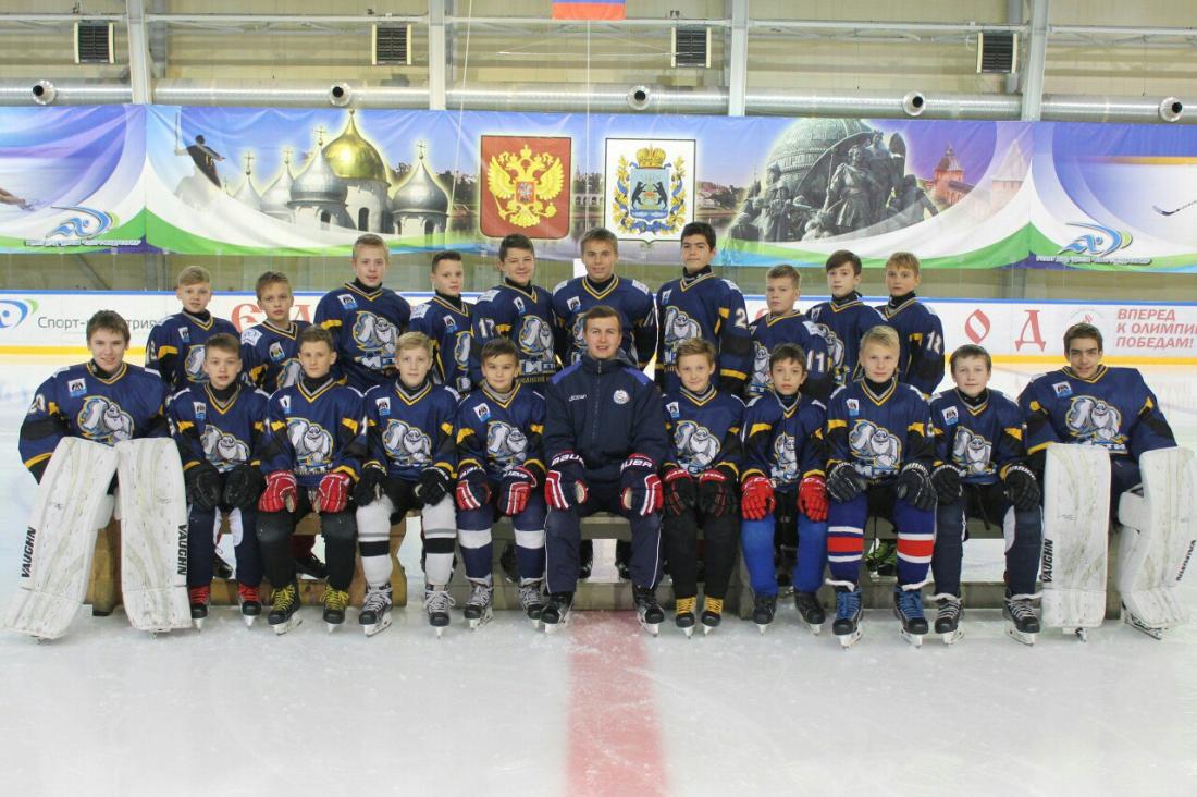 Два баула схоккейной формой потеряла новгородская команда «Йети» подороге домой