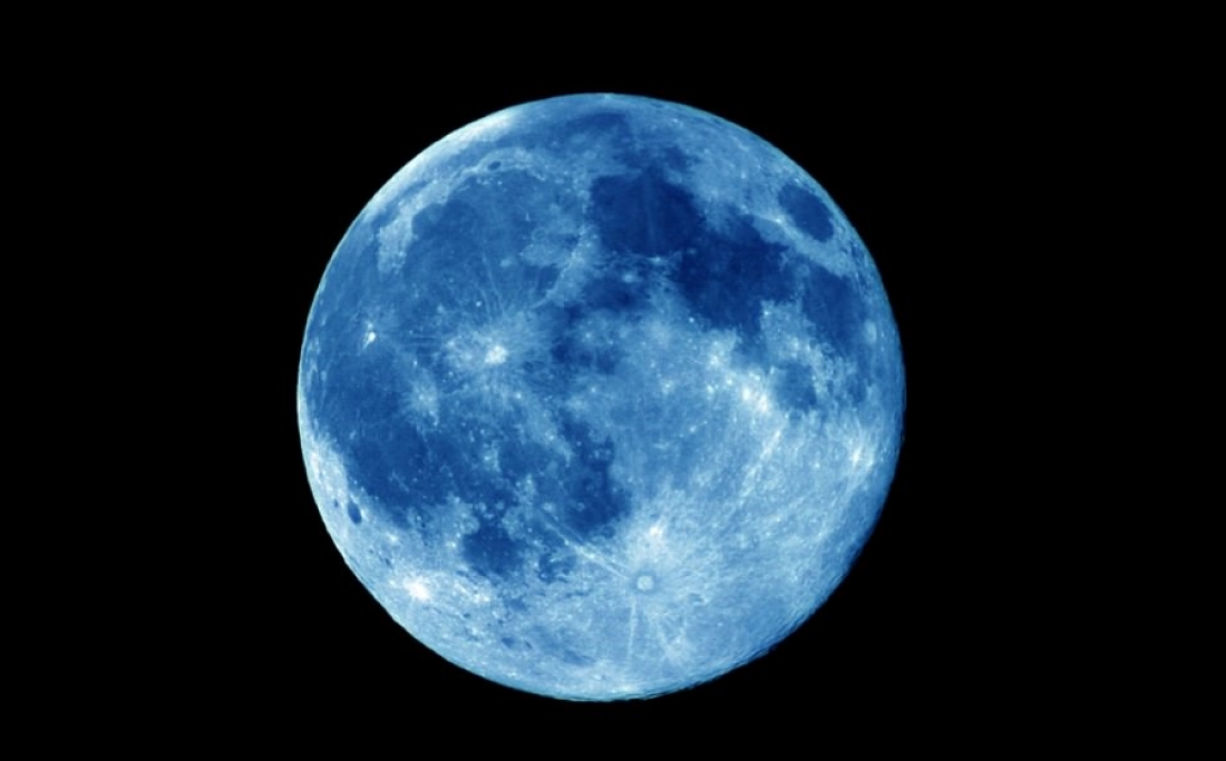 В марте новгородцы смогут увидеть голубую Луну. Но не такую как на картинке