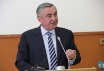 За 2013 год Юрий Бобрышев заработал 2,4 млн рублей