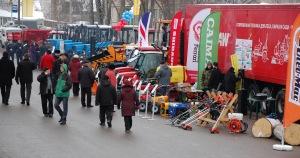 В Великом Новгороде открылась выставка сельскохозяйственной техники «Весна-2012»