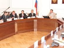 Депутаты новой Думы Великого Новгорода не поделили регламент