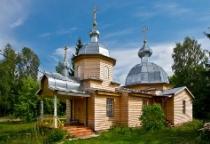 «53 новгородских храма»: церковь пророка Божия Илии в селе Перегино (Поддорский район)