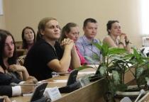 Украинская молодежь выступает за восстановление духовных и социальных связей с русским народом