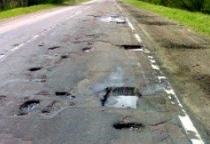 В Новгородской области власть потребовала от строителей М-11 беречь региональные дороги