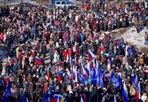 Фоторепортаж: митинг в Великом Новгороде в поддержку жителей Крыма