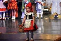 Фоторепортаж: фестиваль карнавального костюма «Золотая пуговица»