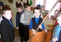 Школьников Волотовского района пригласили в сказку