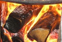 Сарай и дрова сгорели в Сольцах