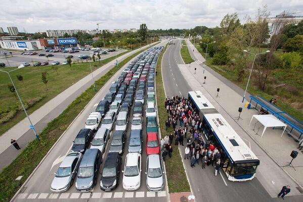 private transport versus public Driving vs public transit: what's your preference driving vs public transit: what's your preference kim lucian jan 15 i miss public transportation.