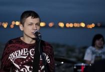 В Великом Новгороде выступят хедлайнеры арт-фестиваля «Птица» — группа Znaki