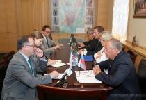 Сергей Митин встретился с генконсулом Великобритании в Санкт-Петербурге