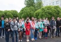 Дети-сироты из Новгородского района получили ключи от собственных квартир