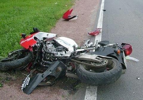 В Новгородском районе насмерть разбился мотоциклист