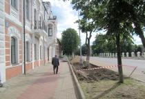 Горожане и мэрия добиваются возбуждения административного дела за незаконное строительство парковки в Великом Новгороде