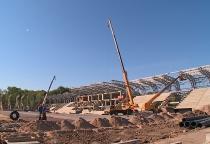 Строительные работы на стадионе «Центральный» ведутся в три смены