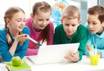 В Новгородской области уменьшилось число школьников, которые учатся во вторую смену