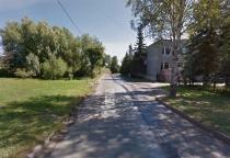 Новгородцы обеспокоены отсутствием тротуаров на улице Рогатица