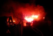 В Панковке сгорели два дома, три человека погибли