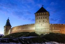 Заключительные районы-кварталы: Новгородский кремль и Ярославово дворище