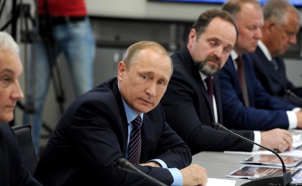 Владимир Путин проводит в Великом Новгороде совещание по вопросу развития производства и потребления редкоземельных металлов