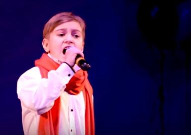 Девятилетний новгородец на «Детском голосе» взял «до» четвёртой октавы