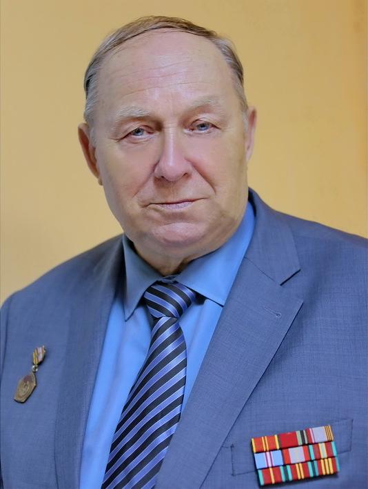 Сергей Митин выразил соболезнование по поводу кончины председателя областного совета ветеранов Юрия Лабутина