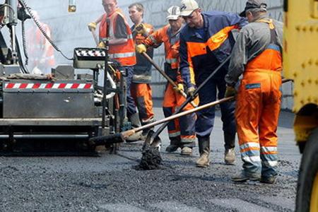 Более 54 млн рублей дополнительно получит Новгородская область на дороги