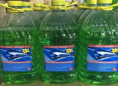 В Чудовском районе продавали «незамерзайку» с превышением нормы метанола в 670 раз