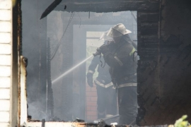 С разницей в полчаса в Пестове произошло два пожара. Четыре человека погибли