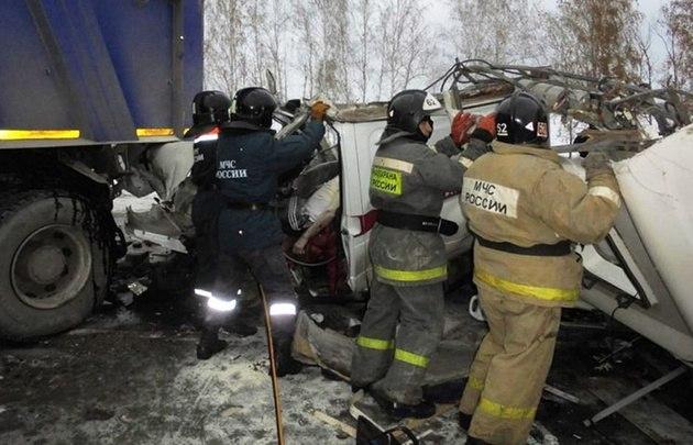 Сергей Митин выразил соболезнования жителям Югры в связи с трагедией на трассе Тюмень – Ханты-Мансийск