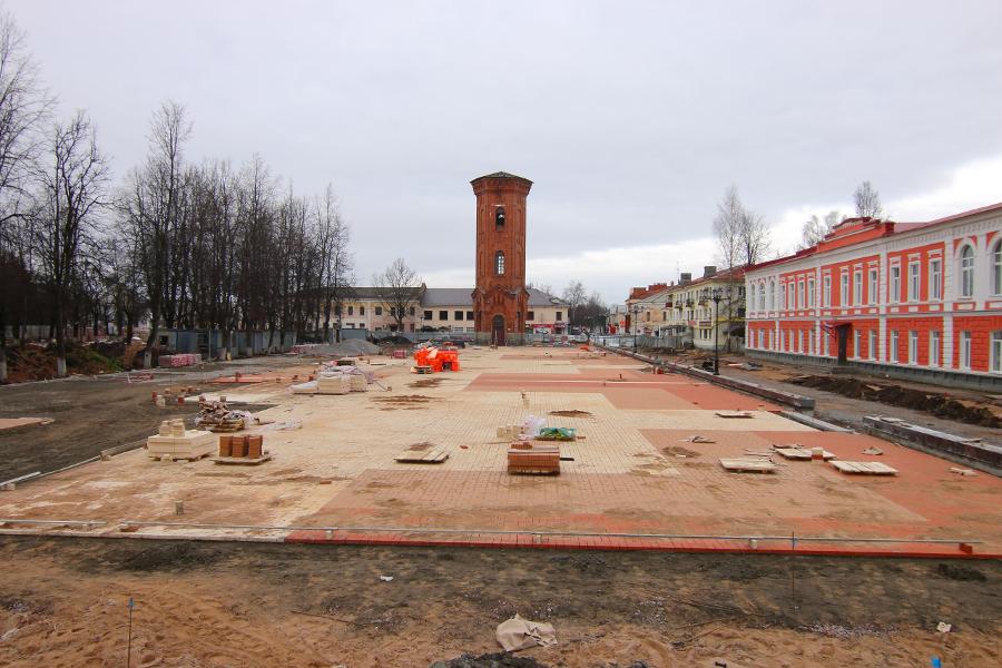Фото: реконструкция Соборной площади в Старой Руссе